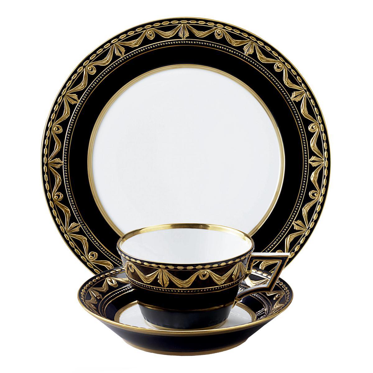 kpm kurland royal noir dinnerware. Black Bedroom Furniture Sets. Home Design Ideas