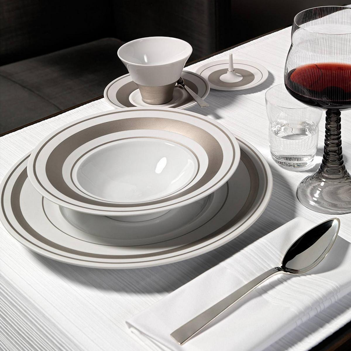 hering berlin glamour platinum dinnerware. Black Bedroom Furniture Sets. Home Design Ideas