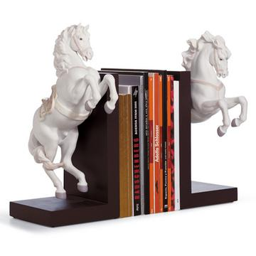 """Horses"" bookends"