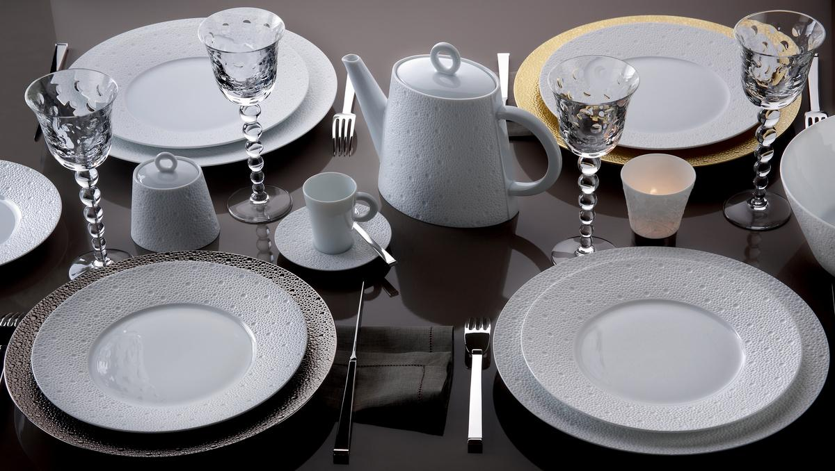 Bernardaud ecume gold dinnerware - Arts de la table ...