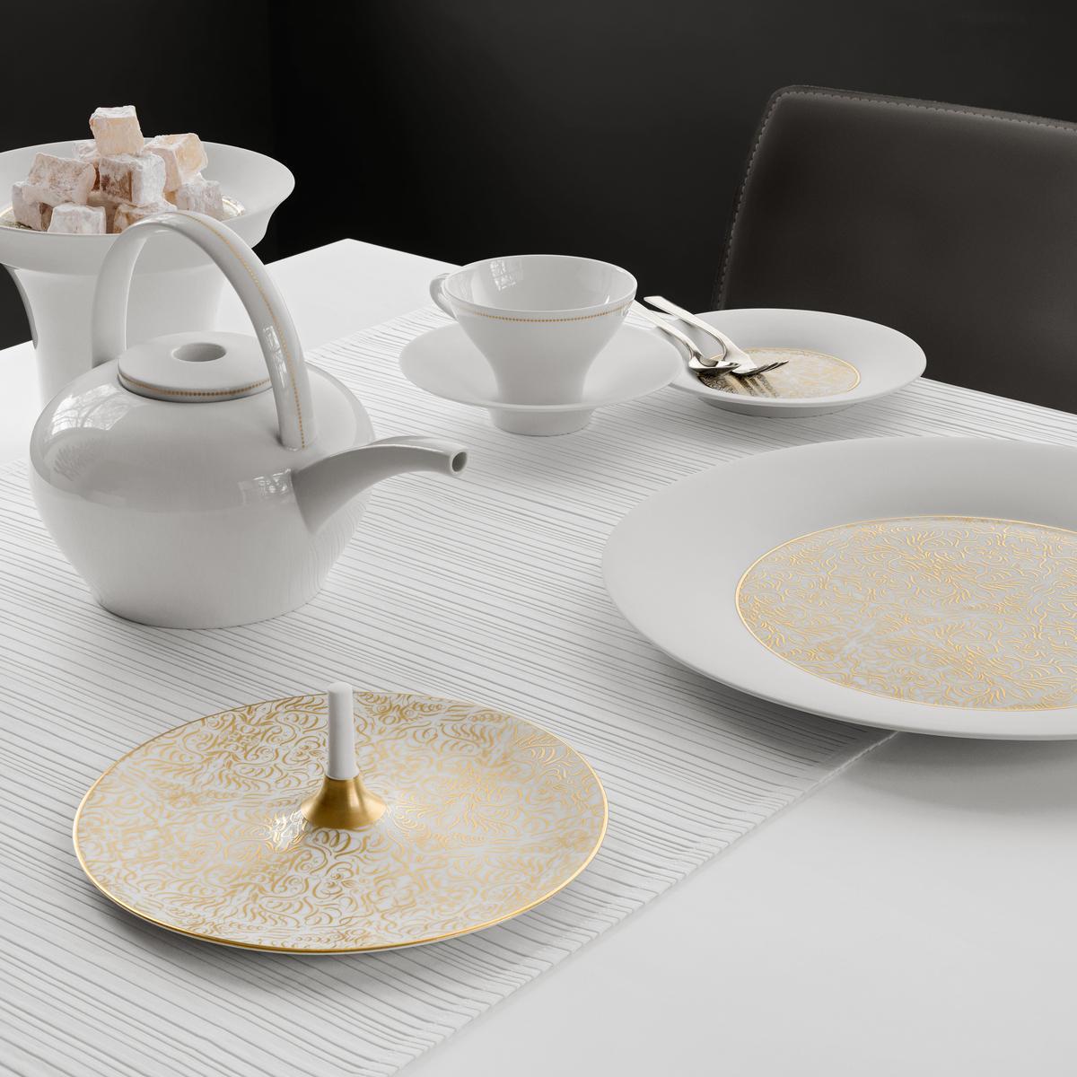 hering berlin alif gold porzellan. Black Bedroom Furniture Sets. Home Design Ideas